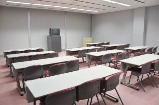 会議室804