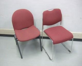 椅子(C)