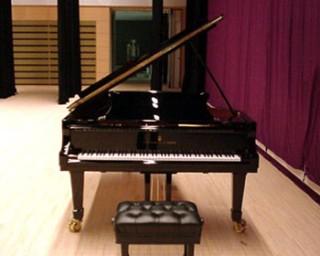 フルコンサート・グランドピアノ