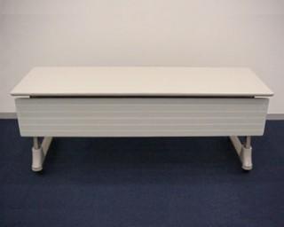 机C(幕板付・幕板なし)